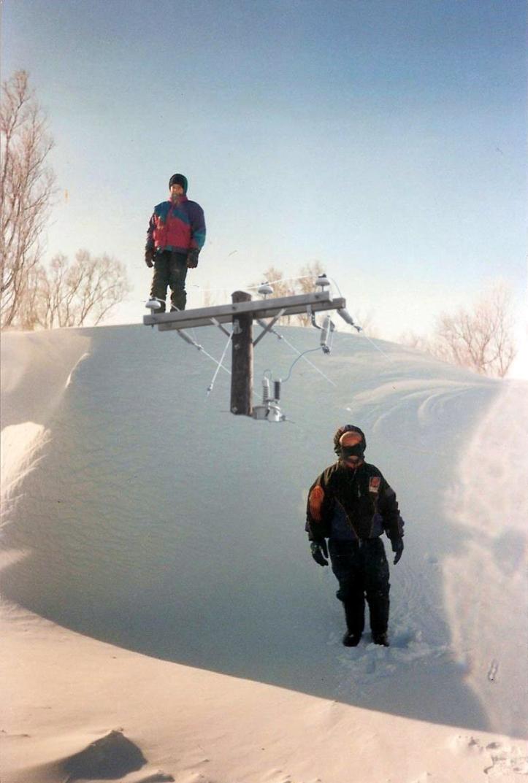 South Dakota blizzard 1997 huge snow drifts