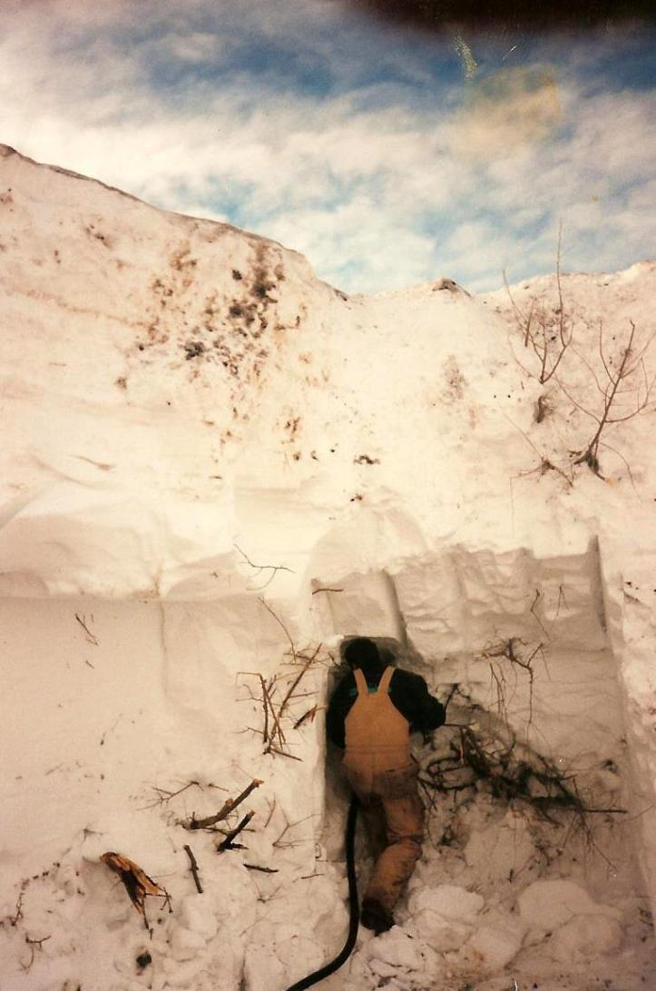 South Dakota blizzard 1997 huge snow drifts