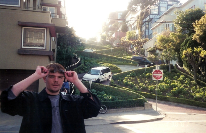 CALIFORNIA: Visiting the world's crookedest street, Lombard Ave., in San Francisco in 2001.