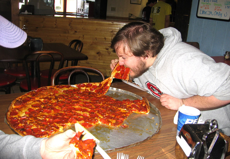 North dakota jason works on the giant pizza from d b s in rolla