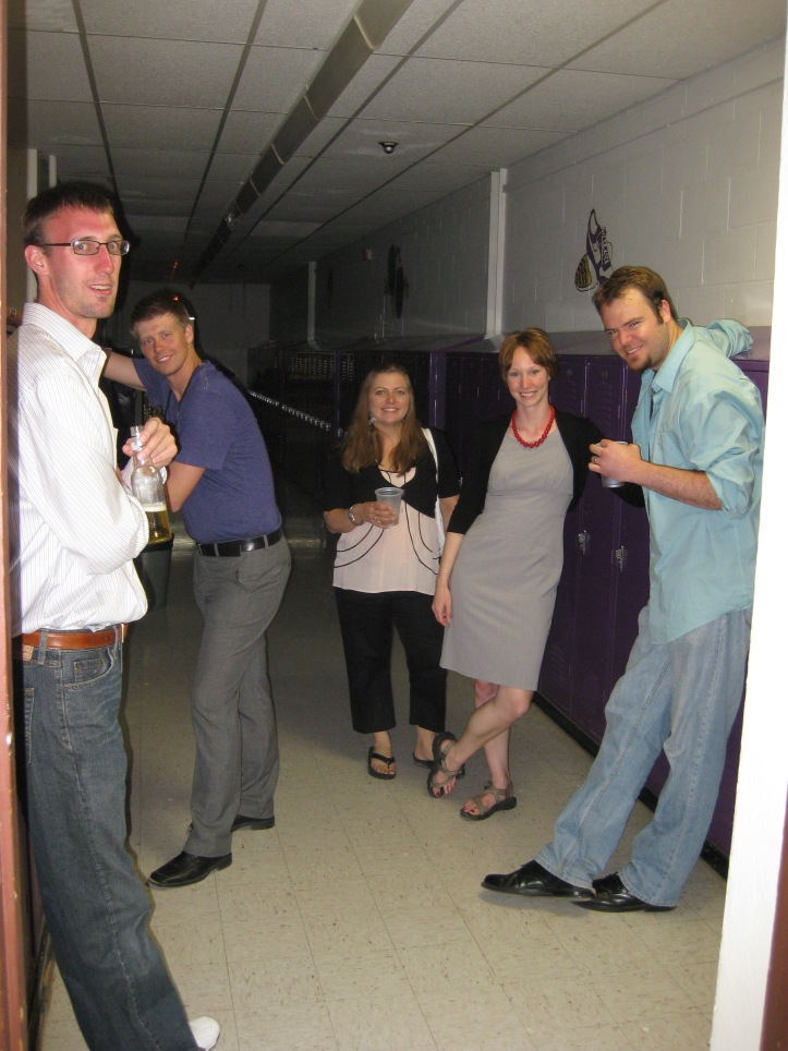 Willow Lake High School class of 2001 chilling in the hallway