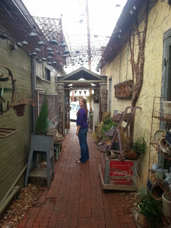 Lauren does some exploring on the streets of Fredericksburg.